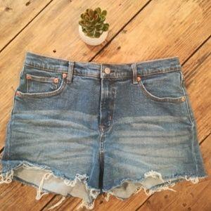 Gap Denim/Jean shorts size 32